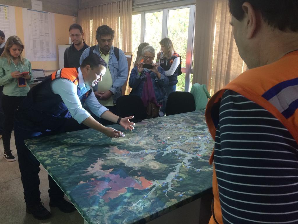 Oito mil pessoas participam de SIMULADO de evacuação em Itabira/MG. Maior resultado já realizado no pais, mas a área mapeada é de 19mil pessoas.