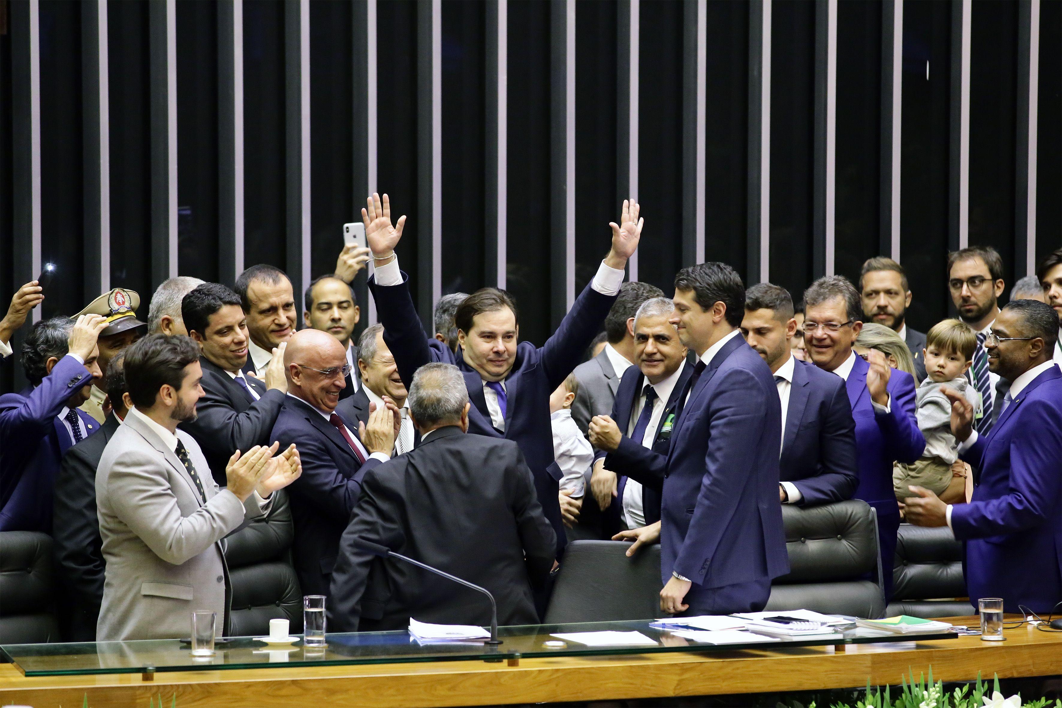 3a VEZ! Rodrigo Maia é reeleito para novo mandato como presidente da Câmara dos Deputados