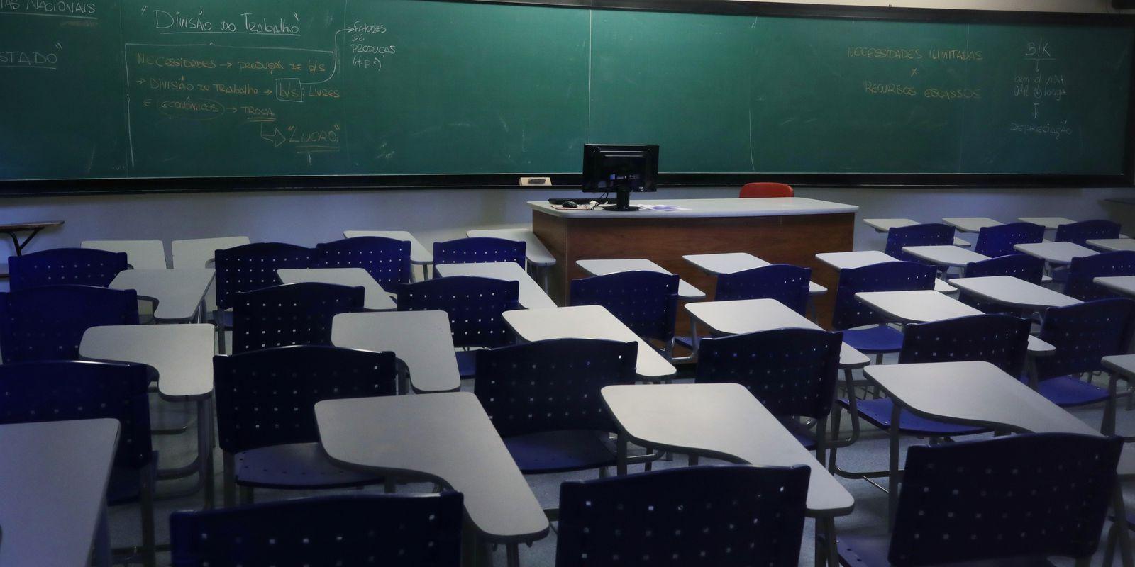 Por causa da VARIANTE DELTA, Rio de Janeiro suspende aula em 36 cidades