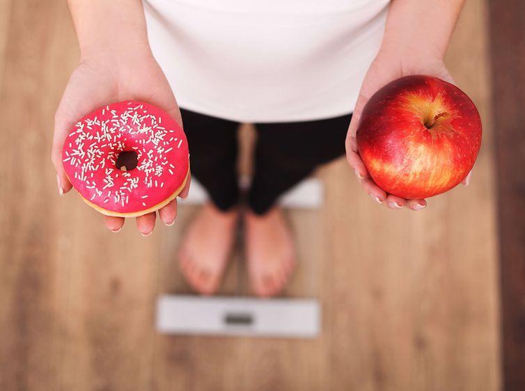 Adolescentes com sobrepeso têm mesmo risco de OBESOS e sofrer doenças cardíacas, diz estudo