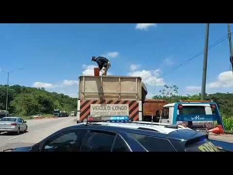 BITREM com madeira madeira irregular, é detido pela PRF em Sabará (MG) - BR381