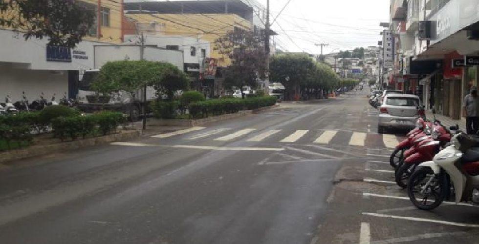 BR-381: Divisa entre Minas e Espírito Santo está fechada por barreiras sanitárias. O acesso as cidades está sendo controlado e questionado DUAS VEZES!