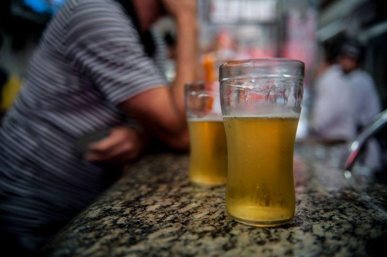 Cerveja contaminada: Secretaria de Saúde confirma quarta morte em MG; São 8 rótulos incluindo a BeloHorizontina e Capixaba!