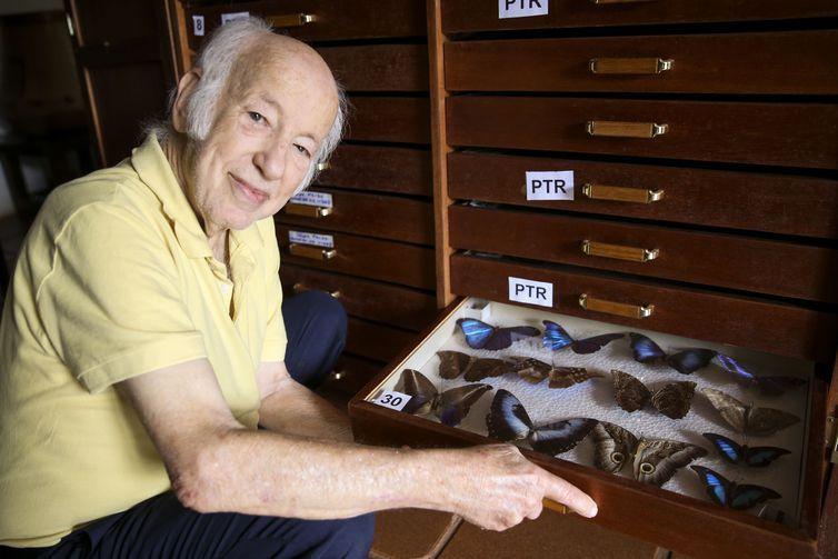 Colecionador brasiliense doa 2 mil insetos ao Museu Nacional do Rio