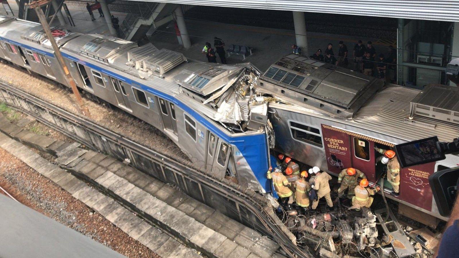 Colisão de trens na Estação São Cristóvão deixa pelo menos cinco feridos no Rio de Janeiro!