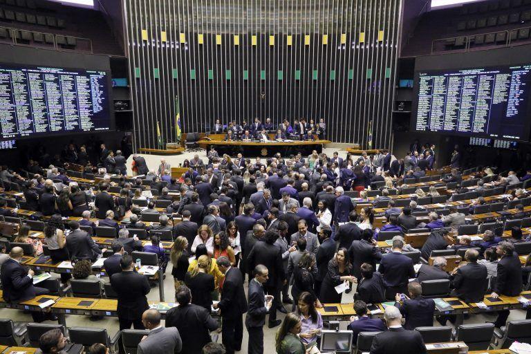 DEFENDENDO o COLEGA: Câmara rejeita afastamento do deputado Wilson Santiago, suspenso por causa da Operação PÉS DE BARRO da PF