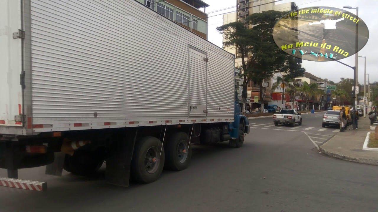 Em Santos Dumont/MG os motoristas perderam a educação no trânsito?? - Como funciona o trânsito no centro de STD