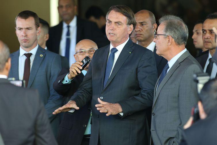 FÓRUM MUNDIAL: Por questões de segurança, Bolsonaro reavalia ida a Davos
