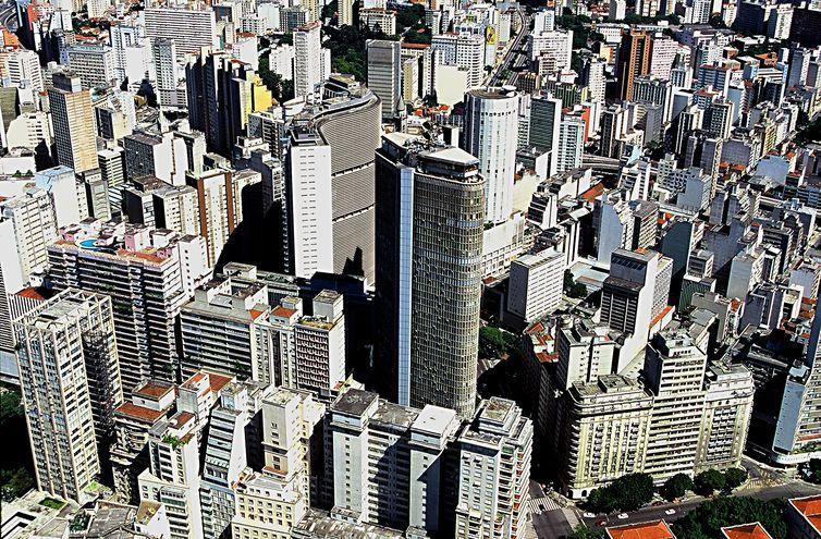 IGP-M acumula inflação de 3,16% em 12 meses. Índice da construção cai!