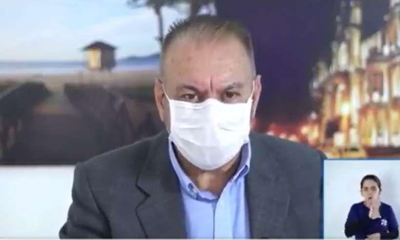 OZÔNIO NO RETO: Em vídeo, PREFEITO diz que vai oferecer a população Ozônio via retal contra COVID-19