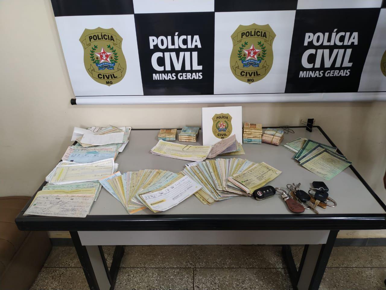 Polícia Civil prende 4 em Operação: Compraram carros como TÁXI  mas não exerciam a profissão (Araxá/MG)
