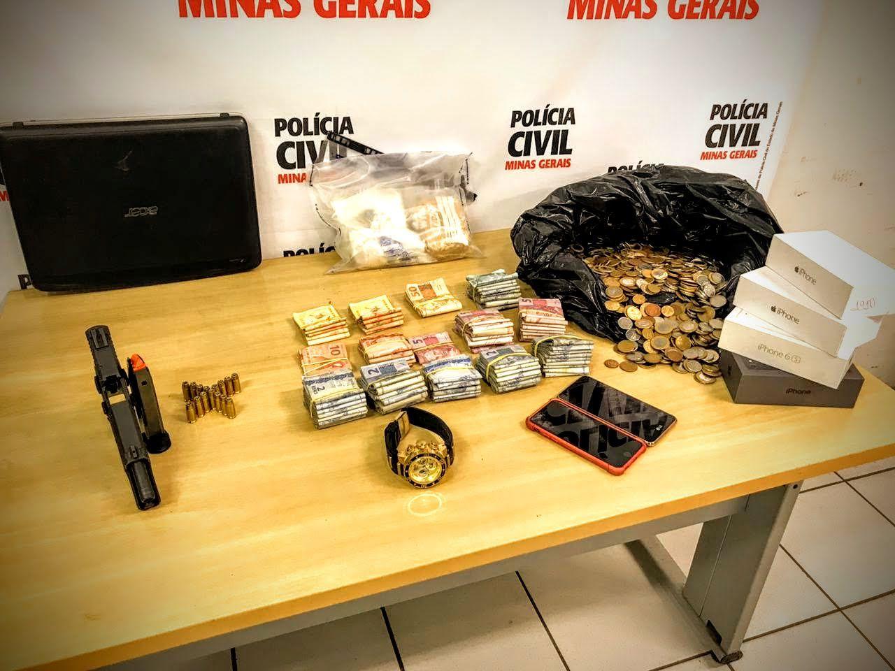 Polícia segue traficante por seis meses e dá flagrante: R$5 mil, arma de fogo e ligações até fora do estado. Morro do Papagaio, BH/MG