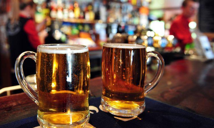 Prefeitura e BACKER informam locais e como pode ser devolvida a cerveja BELORIZONTINA! A PC concluiu que anticongelante pode ser a causa da doença misteriosa em BH!