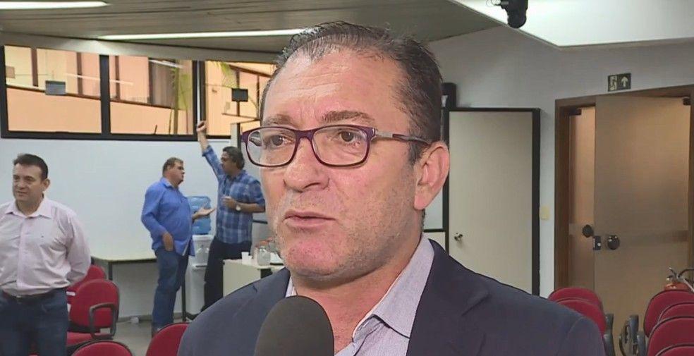 Vereador Cláudio Duarte faz ´RACHADINHA´ no Gabinete e é preso pela Polícia Civil em MG