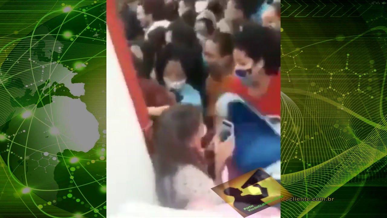 VÍDEO: Povo invade loja na inauguração e maré (de gente) arrasta funcionários em meio PANDEMIA COVID-19